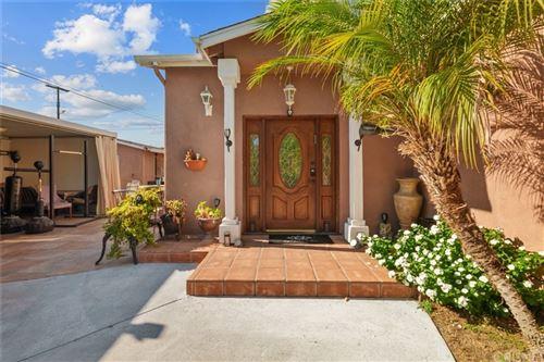Photo of 13532 Gilmore Street, Van Nuys, CA 91401 (MLS # SR21192543)