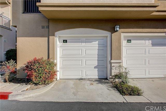 Photo of 62 Pomelo, Rancho Santa Margarita, CA 92688 (MLS # OC21039543)