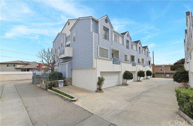 Photo for 18050 Prairie Avenue #A, Torrance, CA 90504 (MLS # SB20108543)