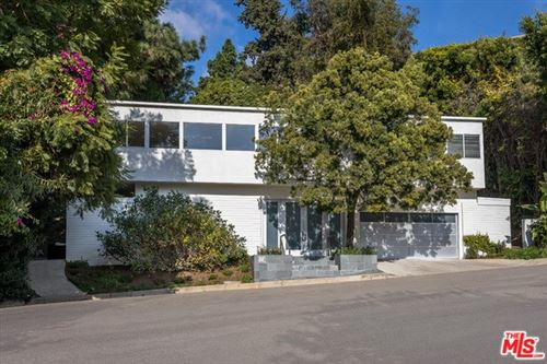 Photo of 9491 S READCREST Drive, Beverly Hills, CA 90210 (MLS # 20545544)