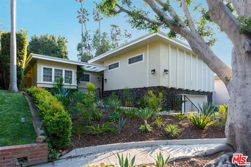 Photo of 9506 Duxbury Lane, Los Angeles, CA 90034 (MLS # 20644544)