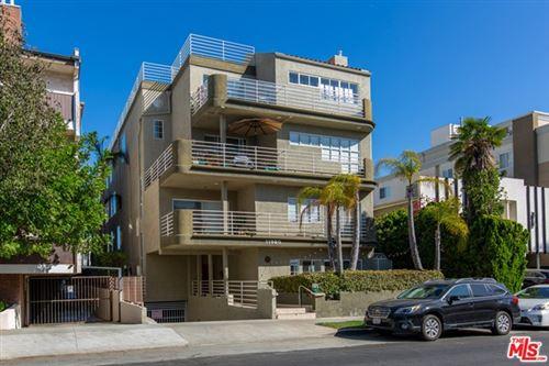 Photo of 11920 Goshen Avenue #203, Los Angeles, CA 90049 (MLS # 20648544)