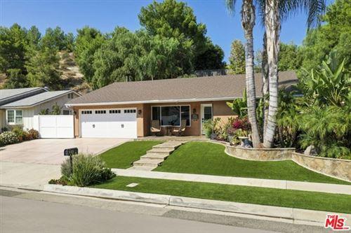 Photo of 725 Greenbriar Avenue, Simi Valley, CA 93065 (MLS # 20664544)