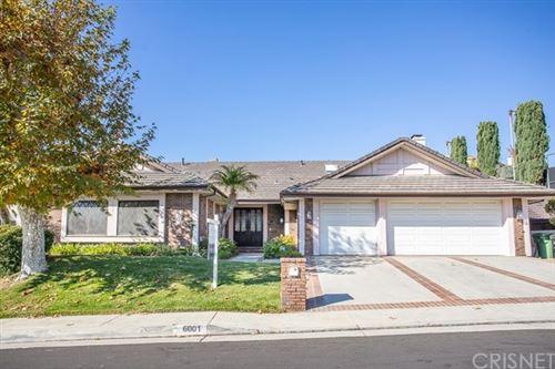 Photo of 6001 Woodland View Drive, Woodland Hills, CA 91367 (MLS # SR20220544)