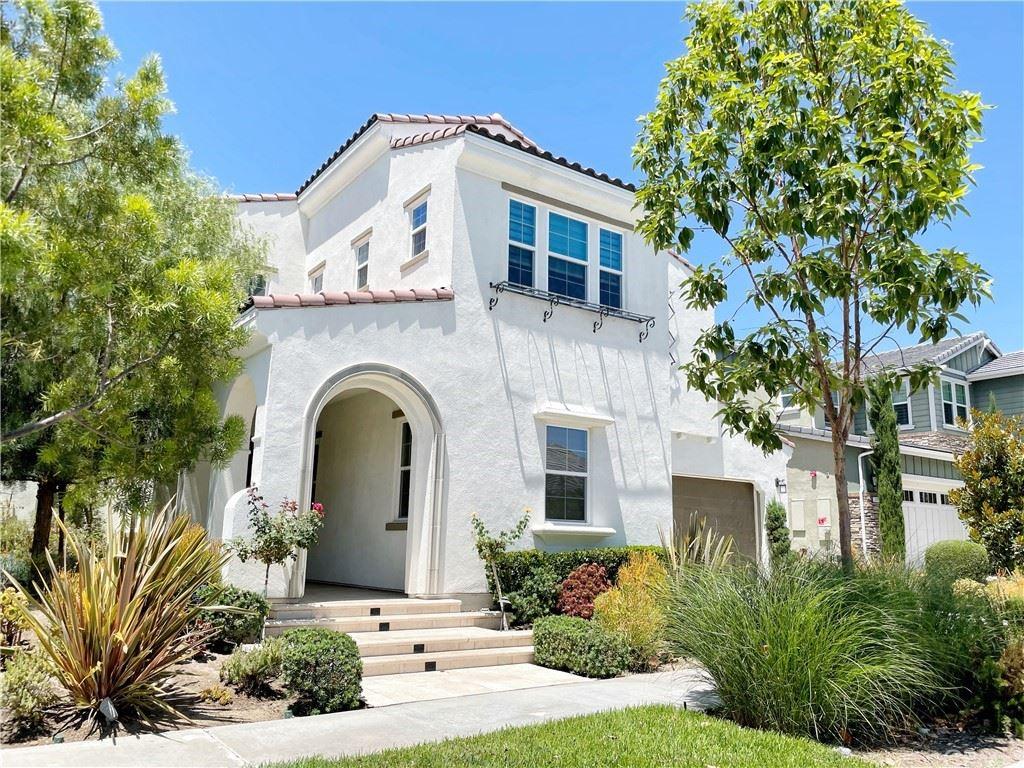 Photo of 167 Newall, Irvine, CA 92618 (MLS # OC21165544)