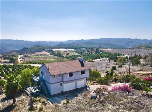 Photo of 42450 El Calamar Road, Temecula, CA 92590 (MLS # AR21236545)