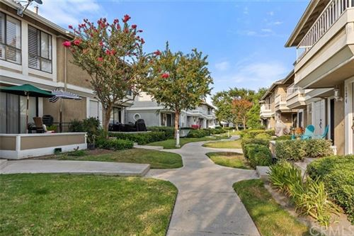 Photo of 264 S Seneca Circle #40, Anaheim, CA 92805 (MLS # DW20172545)