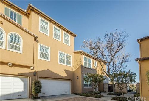 Photo of 27018 Pebble Beach Drive, Valencia, CA 91381 (MLS # SR20227545)