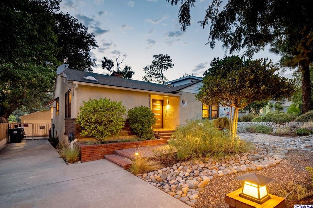 Photo of 4527 Glenwood Avenue, La Crescenta, CA 91214 (MLS # 320007545)