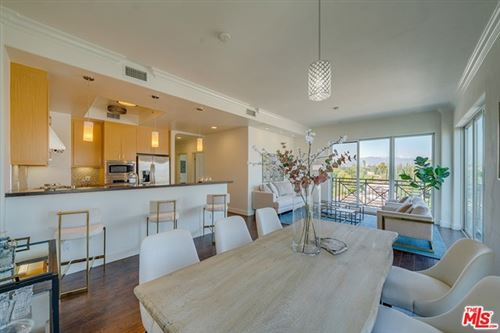 Photo of 311 S Gramercy Place #PH 04, Los Angeles, CA 90020 (MLS # 20642546)
