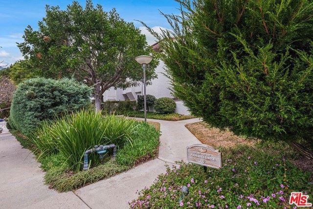 Photo of 17245 Palisades Circle, Pacific Palisades, CA 90272 (MLS # 20647546)