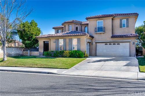 Photo of 26856 Boulder Crest Drive, Valencia, CA 91381 (MLS # CV21016547)