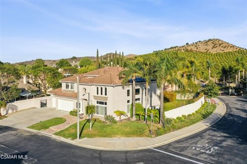 Photo of 515 Chippendale Avenue, Simi Valley, CA 93065 (MLS # 221002548)