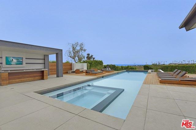 Photo of 6721 Wandermere Road, Malibu, CA 90265 (MLS # 20608548)