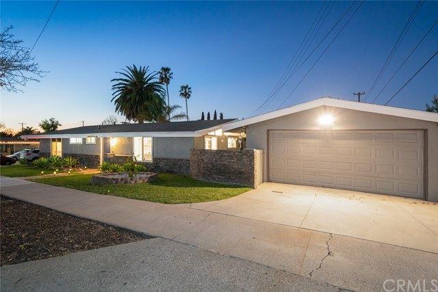 Photo of 1103 W Walnut Avenue, Orange, CA 92868 (MLS # DW21037548)