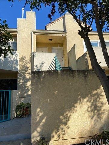 Photo of 432 E Spruce Avenue #85, Inglewood, CA 90301 (MLS # PV20168549)