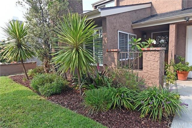 Photo of 3333 Myrtle Avenue, Signal Hill, CA 90755 (MLS # PW20192549)