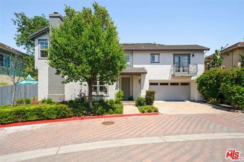 Photo of 26631 COUNTRY CREEK Lane, Calabasas, CA 91302 (MLS # 20557550)