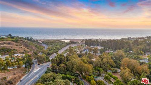 Photo of 6465 Bonsall Drive, Malibu, CA 90265 (MLS # 20636550)
