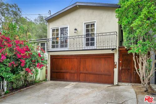 Photo of 8666 Lookout Mountain Avenue, Los Angeles, CA 90046 (MLS # 21794550)