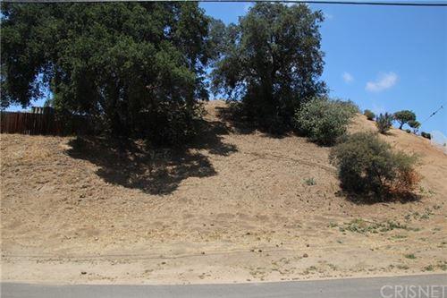 Photo of 29283 Val Verde Rd, Castaic, CA 91384 (MLS # SR21001551)