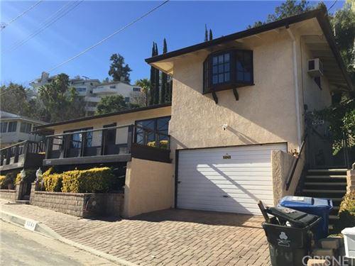 Photo of 5243 Campo Road, Woodland Hills, CA 91364 (MLS # SR21008551)