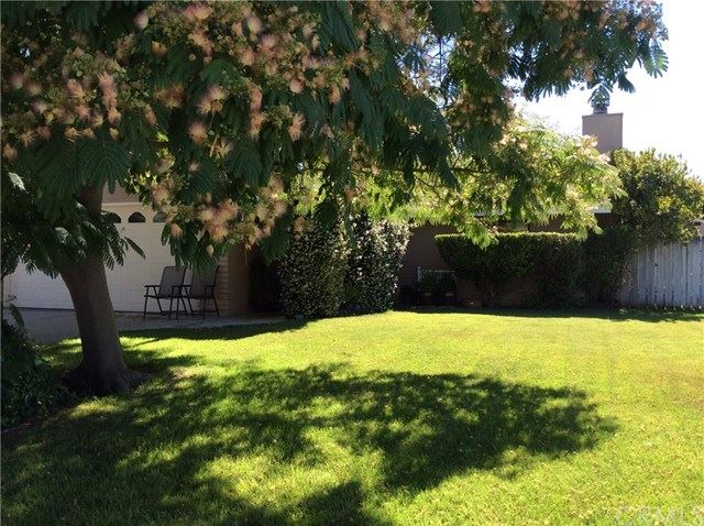 Photo of 1927 Tulipwood Drive, Paso Robles, CA 93446 (MLS # NS19240551)