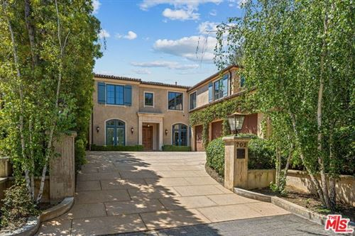Photo of 702 PATTERSON Place, Pacific Palisades, CA 90272 (MLS # 20570552)