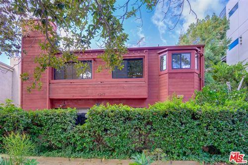 Photo of 4247 Whitsett Avenue #2, Studio City, CA 91604 (MLS # 21678552)