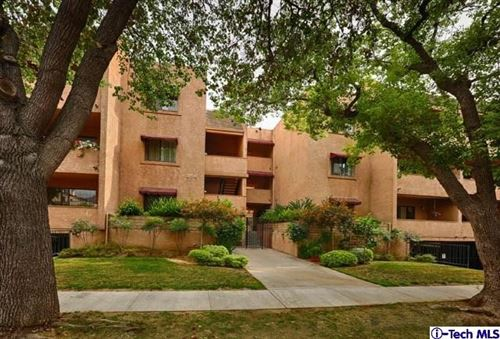 Photo of 356 W California Avenue #2, Glendale, CA 91203 (MLS # 320006552)