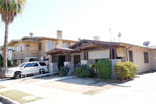 Photo of 1862 W 24th Street, Los Angeles, CA 90018 (MLS # SB21233552)