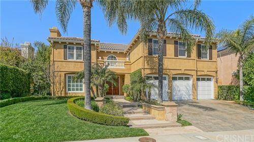 Photo of 7627 Carmenita Lane, West Hills, CA 91304 (MLS # SR20104552)