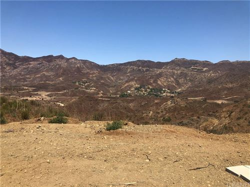 Photo of 33600 Camptonville Lane, Malibu, CA 90265 (MLS # SR20176553)
