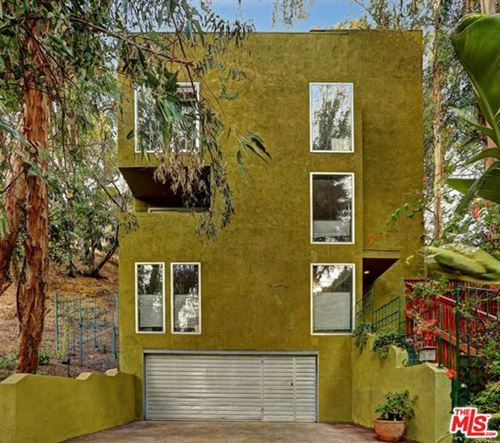 Photo of 8429 Lookout Mountain Avenue, Los Angeles, CA 90046 (MLS # 20656554)
