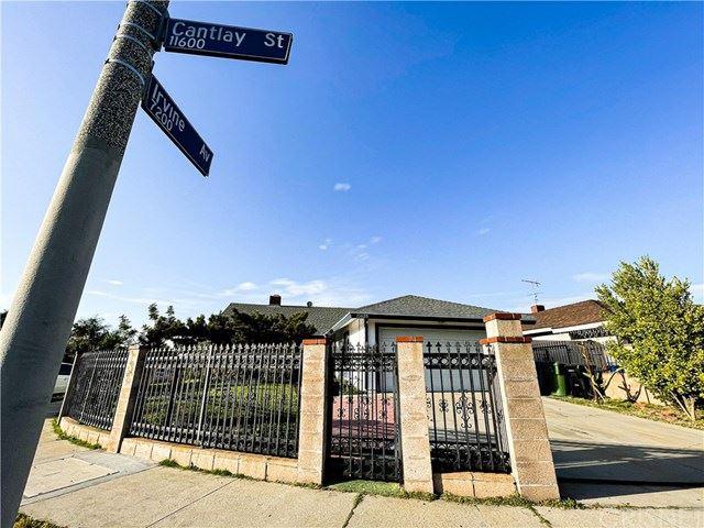 Photo of 11625 Cantlay Street, North Hollywood, CA 91605 (MLS # SR21090554)