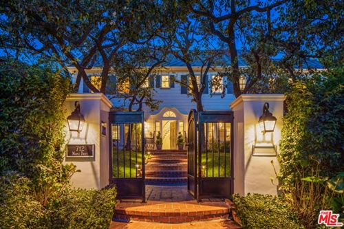 Photo of 712 N Maple Drive, Beverly Hills, CA 90210 (MLS # 21677556)