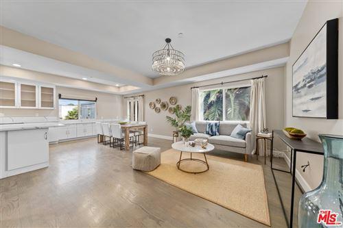 Photo of 550 Vernon Avenue #A, Venice, CA 90291 (MLS # 21762556)