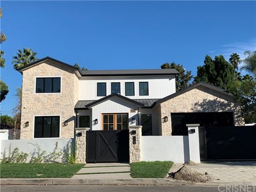 Photo of 4960 Noeline Avenue, Encino, CA 91436 (MLS # SR19274557)