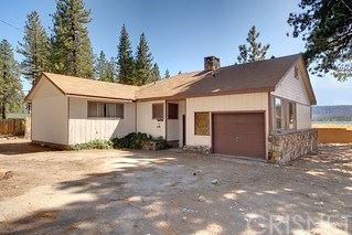 Photo of 39527 N Shore Drive, Fawnskin, CA 92333 (MLS # SR20022557)