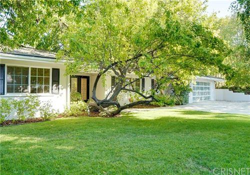 Photo of 20132 Allentown Drive, Woodland Hills, CA 91364 (MLS # SR21132557)