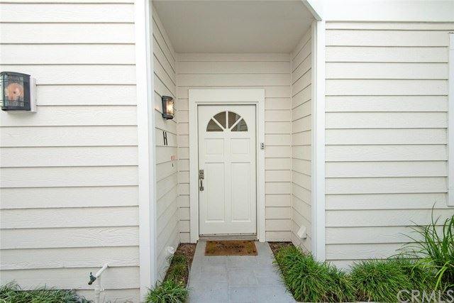 Photo of 406 E Bay Avenue #H, Newport Beach, CA 92661 (MLS # OC21095557)