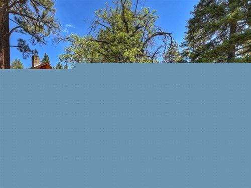 Photo of 0 Sunset Drive, Big Bear, CA 92315 (MLS # EV21148558)