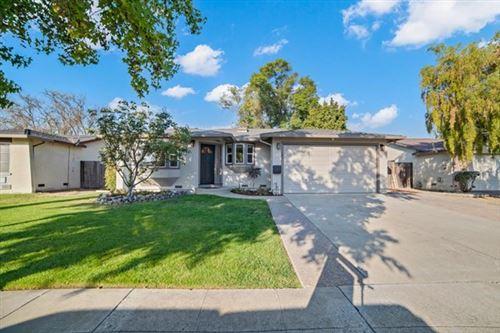 Photo of 5781 Hillbright Circle, San Jose, CA 95123 (MLS # ML81814559)