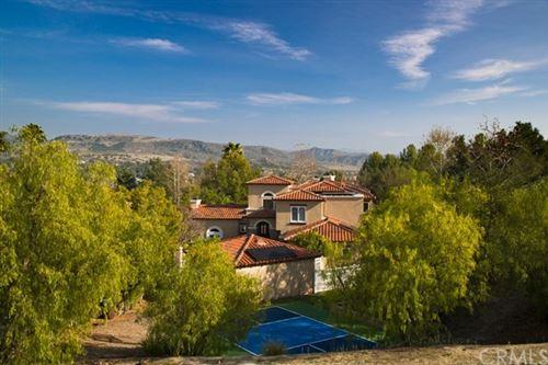 Photo of 1 Via Terracaleta, Coto de Caza, CA 92679 (MLS # OC21014559)
