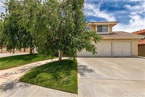 Photo of 17734 Silverstream Drive, Canyon Country, CA 91387 (MLS # SR19138559)