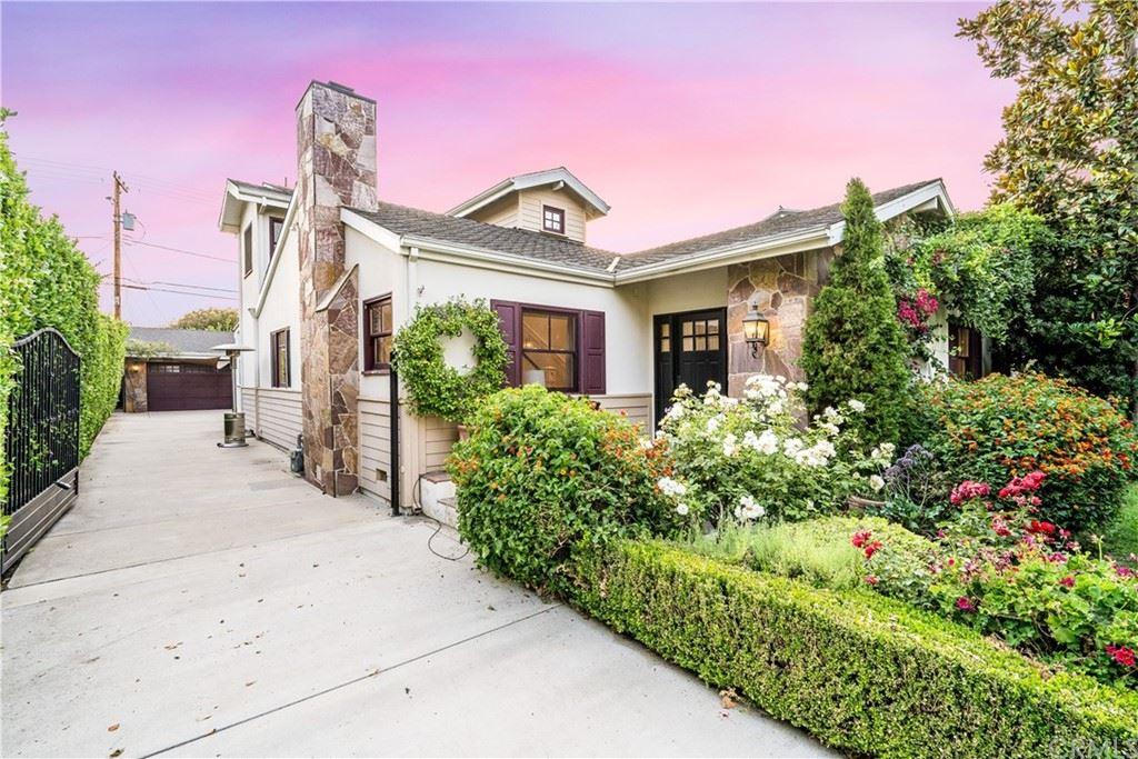 Photo of 643 S Mariposa Street, Burbank, CA 91506 (MLS # BB21157559)