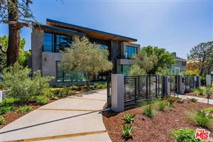 Photo of 610 FOOTHILL Road, Beverly Hills, CA 90210 (MLS # 19527560)