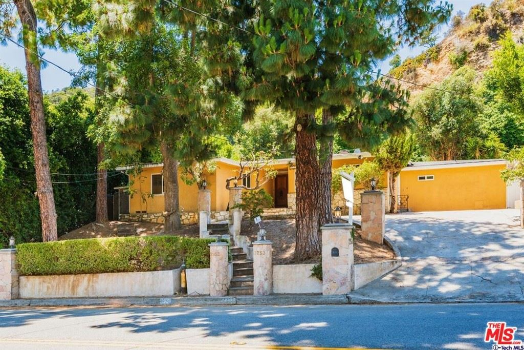 Photo of 2253 Coldwater Canyon Drive, Beverly Hills, CA 90210 (MLS # 21764560)