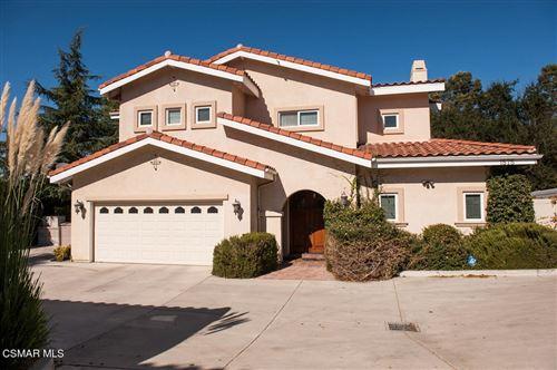 Photo of 1575 E Avenida De Las Flores, Thousand Oaks, CA 91362 (MLS # 221005561)