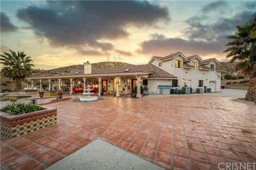 Photo of 5770 Hacienda Ranch Road, Palmdale, CA 93551 (MLS # SR21050561)